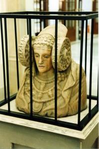 Escultura - Dama de Elche encarcelada
