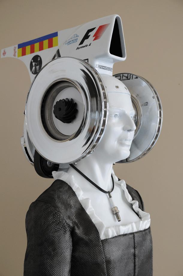 Escultura - La Dama de la F1