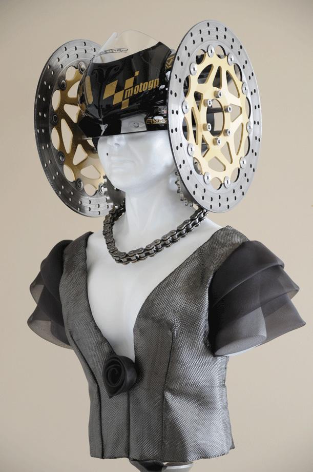 Escultura - La Dama de Moto-GP