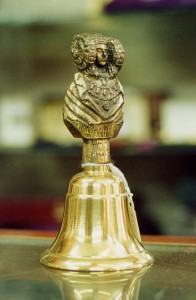 Objeto - Dama de Elche campanilla