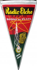 Objeto - Banderín Radio Elche E.A.J.-53 Bodas de Plata 1934-1959