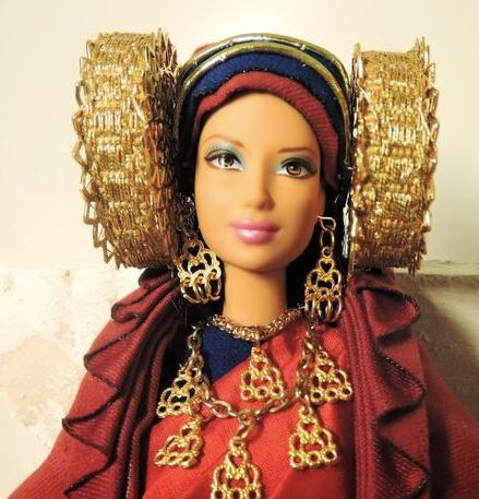 Objeto - Barbie Dama de Elche