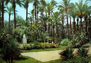 Tarjeta postal - Tarjeta jardines con Dama