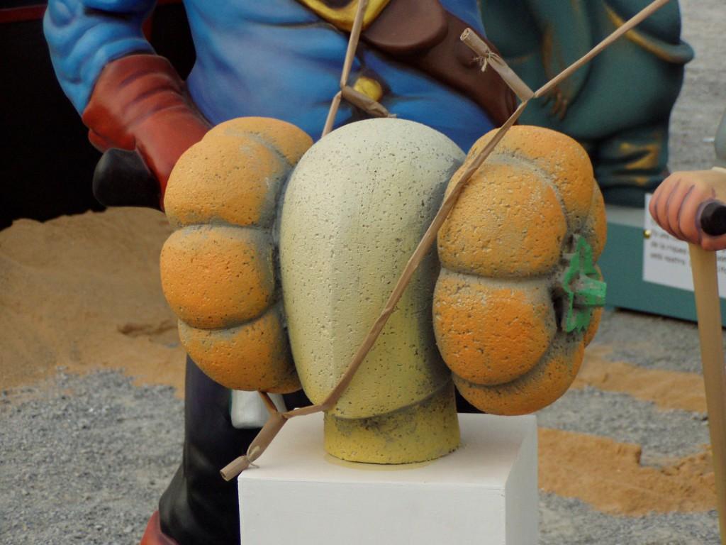 Escultura - Dama con calabazas