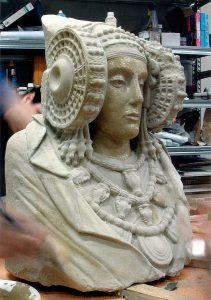 Trabajos en la superficie. El proyecto Duple consiste en clonar la Dama de Elche mediante el digitalizado de toda su superficie a alta resolución para posteriormente