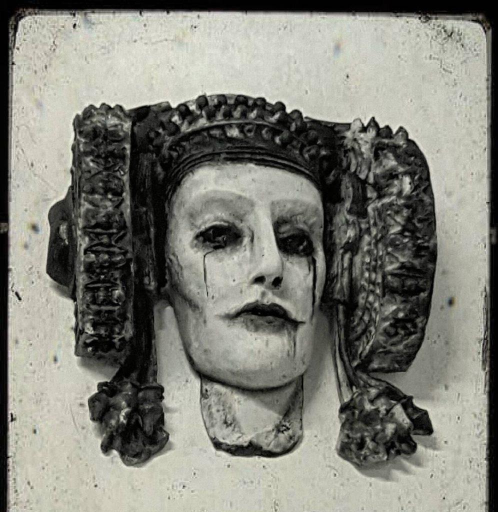 4408-Presumir de ciudad y de sus esculturas