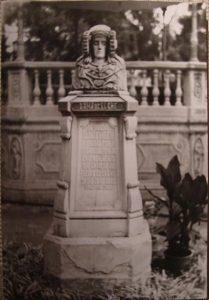 4444-antigua fotografia, dama en la glorieta de elch - Comprar Fotografía antigua Fotomecánica en todocoleccion - 3428789334287893